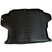 Kia Carens 1st Gen 5 Seater (2002-2006) Tailored Boot Tray