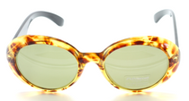 Stunning Over Sized Jackie O Style Sunglasses fromwww.eyehuggers.co.uk