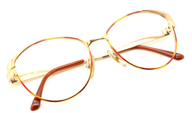 Gucci 2260 N28 in Gold and Turtle from www.eyehuggers.co.uk