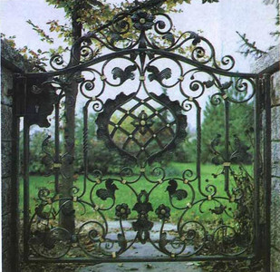 Flower Cast Iron Entry Gate with Posts
