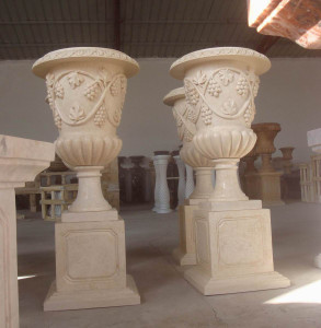 Pair of Urn on Pedestal - Beige Marbel