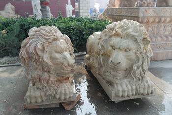 Pair of Lying Lions - Beige Marble