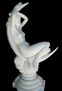 White Marble - Moon Lady 24in 16825