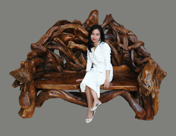 Grand Teak Bench in  Natural Finish