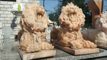 Pair of Lying Lions Sunglow Marble  17307