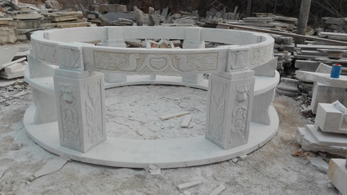 Close up view of top ring and bottom columns