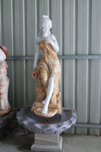 Lady Marble Fountain GE18499