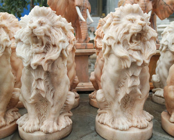 Sitting Pair Of Lions GE18629